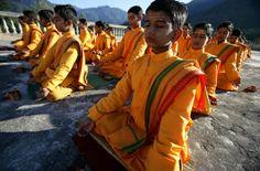Brent Stirton: Guru school India