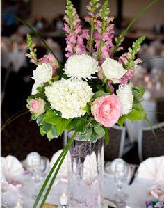 WeddingChannel Galleries: Pink and White Centerpiece