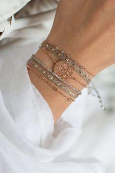 New One Jewellery Stylish Jewelry, Cute Jewelry, Beaded Jewelry, Jewelry Accessories, Fashion Accessories, Women Jewelry, Jewelry Design, Jewelry Bracelets, Trendy Bracelets