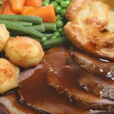 Catering Menus by SMS Catering Services. Offering a wide variety of menus including delicious entrees for your wedding, party or corporate events. Sunday Roast Dinner, Roast Beef Dinner, Pot Roast, Roast Beef Cooking Time, Roast Beef Recipes, Lamb Recipes, Carne Asada, Perfect Roast Beef, Tender Roast Beef