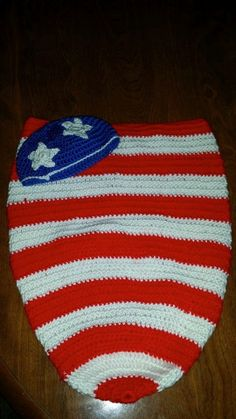 American Flag baby cocoon set by LoveAffairOfYarn on Etsy, $25.50