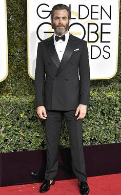 Chris Pine from 2017 Golden Globes Red Carpet Arrivals  In Giorgio Armani