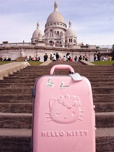 <3hello kitty in paris<3