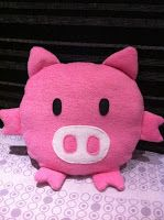 DIY Piggy Cushion Tutorial with FREE Pattern
