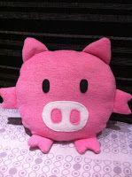 DIY Piggy Cushion Tutorial with FREE Pattern