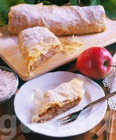 Lajos Mari konyhája - Diós-almás rétes Filo Pastry, Apple Strudel, Fudge, French Toast, Deserts, Breakfast, Dios, Easy Meals, Kuchen