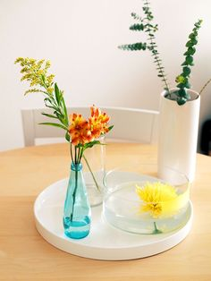 isolate flowers from a mixed bouquet for a simple modern arrangement via happymundane.com