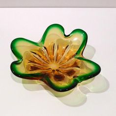 Green and Yellow Glass Bowl Vintage Art Glass Candy Bowl Amoeba or Biomorphic Form Murano Free Form Vintage Yellow, Vintage Art, Vintage Items, Candy Bowl, Glass Candy, Glass Dishes, Vintage Glassware, Murano Glass, Hand Blown Glass