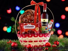 Oferta de cosuri cadou pentru Craciun 2015 este aici!!!Verifica promotiile pe www.cadoulspecial.ro Picnic, Basket, Ginger Beard, Picnics