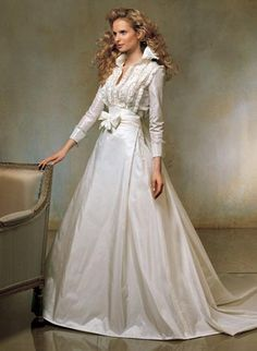 Wedding Dresses with Sleeves. lerv this! you should too aunt jenn!