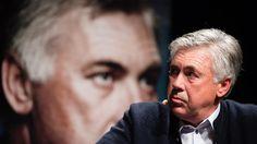 Der Italiener und die Bayern: Carlo Ancelotti lobt und hadert