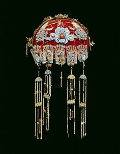 Women's Formal Hat (Feng-Kuan) date: mid century medium: Wicker, velvet, kingfisher feather, semi-precious stones dimensions: 7 ¾ in. cm) (depth at crown) location: Asia, China description:. Chinese Culture, Chinese Art, Tribal Costume, China Jewelry, Jewellery, Oriental Fashion, Ancient Jewelry, Qing Dynasty, Chinese Antiques