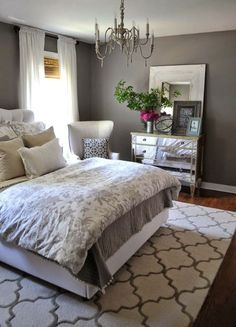 Charcoal-Grey-Wall-Color-for-Colonial-Bedroom-Decorating-Ideas-for-Young-Women-with-Printed-Floral-Bedding-Set.jpg (696×967)