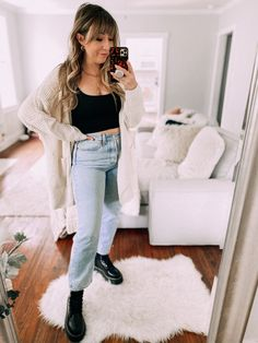 Fall Amazon Fashion Haul - sharing 23 fall outfits, made up from great Amazon fashion finds and my current favorite Amazon must haves. crop top and jeans outfit idea - dr martens outfit idea