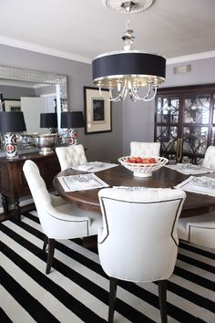BEHR Fashion Gray {dining room} | Knight Moves #paintcolors #fashiongray