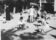 Uguitas en Actividad en Sede Ramos Mejia junto a Der Shavarsh en los 50s