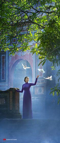 Model: Xuan Van, Photo: Duong Quoc Dinh