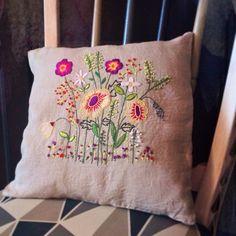 Instagram photo by @Helga Tittjung Kaszewski Ion (Helga Ion) | Statigram Gardening, Throw Pillows, Embroidery, Projects, Crafts, Handmade, Beautiful, Instagram, Embroidered Pillows