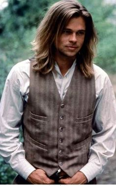 Brad Pitt (Tristan Ludlow) old pic Lengends of the Fall movie set