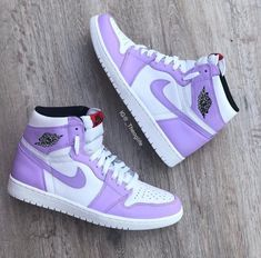 dream shoes sneakers You made me this way. You made me numb. Jordan Shoes Girls, Girls Shoes, Jordans Girls, Air Jordans Women, Nike Air Jordans, Shoes Women, Outfits With Jordans, Girls Wearing Jordans, Teen Shoes