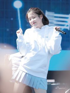 Me every morning after listening to IU music 🎶. By listening to IU songs I kinda feel support, happy, relax. Thanks for company IU(songs) Poem mister # producers Korean Fashion Dress, Iu Fashion, Korean Beauty Girls, Korean Girl, Scarlet Heart Ryeo, Girl Artist, Kdrama Actors, Korean Celebrities, Ulzzang Girl
