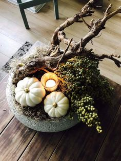 Spring Door Wreaths, Christmas Wreaths, Xmas Decorations, Flower Decorations, Seasonal Decor, Fall Decor, Ab Ins Beet, Painted Curtains, Fall Flower Arrangements