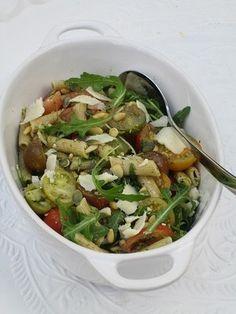 Ik gebruik voor deze heerlijke pastasalade de suikervrije pesto 'alla Genovese van de Albert Heijn'.#suikervrij #suikervrije