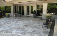 These French Pattern Silver Tumbled Travertine Pavers can be a great idea for your home entry. New Homes, Traditional Exterior, Outdoor Decor, Pool Remodel, Patio Design, Travertine Pool Decking, Travertine Patio, French House, Outdoor Flooring