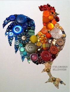 DIY: Kitchen Rooster Art With Buttons