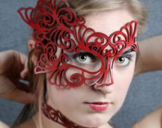 """Leather half mask in red """"Roxy"""""""