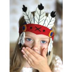 Are you interested in our Dressing up feather headdress? With our Indian felt feather headdress you need look no further.