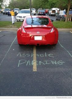 Funny pictures about A spot just for you. Oh, and cool pics about A spot just for you. Also, A spot just for you. Lol, Bad Parking, Parking Spots, Parking Tickets, Buy Tickets, Just In Case, Just For You, Pet Peeves, Humor Grafico