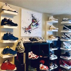 ♥ A Beautiful High Quality Canvas Print of your Favorite Athlete♥ High quality canvas! Basketball Bedroom, Basketball Shoes, Air Jordan Red, Hypebeast Room, Sneaker Storage, Shoe Room, Gifts For Sports Fans, Air Jordans, Shoe Display
