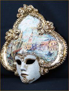Magic of Venezia -  Dama Veneziano Craquele Mini, $43.00 (http://magicofvenezia.com/dama-veneziano-craquele-mini/)