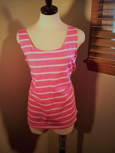 5fb2a210bca4d Vintage 60s 70s Pink and White Striped Sleeveless Summer Tank T Shirt    Pull Over Womens Blouse Top   Sz L Cotton Dago Tee