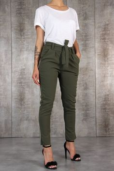 clothes for women,casual outfits,base layer clothing,casual outfits Summer Work Outfits, Casual Work Outfits, Mode Outfits, Work Casual, Classy Outfits, Trendy Outfits, Casual Office, Outfit Work, Office Wear