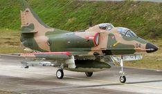 MCDONNELL-DOUGLAS A-4SU SKYHAWK
