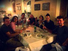 disfruta con nosotros… Mamma Rosa, Table Settings, Italian Restaurants, Place Settings, Tablescapes