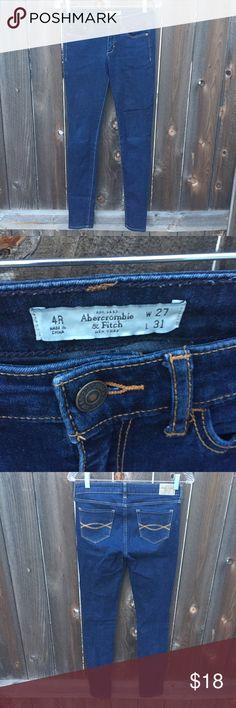"""ABERCROMBIE & FITCH DENIM SKINNY JEANS SZ 4/27 ABERCROMBIE & FITCH DENIM SKINNY JEANS SZ 4/27 WAIST 14.5"""" INSEAM 31"""" Abercrombie & Fitch Jeans Skinny"""
