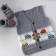 Very stylish fashion car knitted vest model tells illustrated construction, # . Very stylish fashion car knitted vest model tells illustrated construction, Knitting Pullover, Knitted Baby Cardigan, Knit Vest, Baby Knitting Patterns, Diy Crafts Knitting, Knitting Projects, Baby Vest, Little Girl Fashion, Knit Fashion