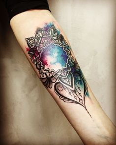 Colorful Aquarell Mandala tattoo by Noa, done at tattooanansi info@tattooanansi.de