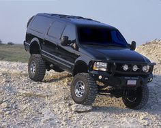 SUV 4x4 Old Pickup Trucks, Lifted Ford Trucks, 4x4 Trucks, Diesel Trucks, Cool Trucks, Lifted Dually, Ford Excursion Diesel, Off Road Truck Accessories, Tactical Truck