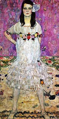 """Gustav Klimt """"I have never painted a self-portrait. I am less interested in myself as a subject for a painting than I am in other people, above all women… There is nothing special about me. I am a painter who paints day after day from morning to night… Who ever wants to know something about me… ought to look carefully at my pictures. Gustav Klimt, Klimt Art, Famous Artists, Great Artists, Art Nouveau, Oil Canvas, Post Impressionism, Oil Painting Reproductions, Art Pictures"""