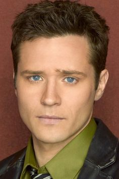 Seamus Dever - blue eyes:-)