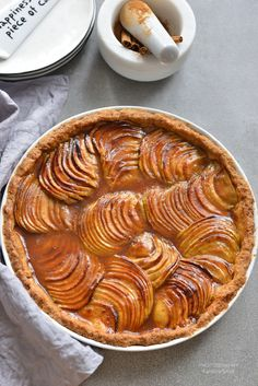 TARTA Z JABŁKAMI, krok po kroku! | SMYKWKUCHNI I Foods, Apple Pie, Deserts, Good Food, Food And Drink, Menu, Sweets, Vegan, Cookies