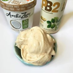 2 ingredient {light} peanut butter Frosty - like the Wendy's favorite, but less than 150 cals and IIFYM/Flexible Dieting friendly  @arcticzero