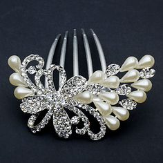 Chic Peafowl Alloy With Rhinestone / Imitation Pearl Women's Hair Combs - Love this for my girls!