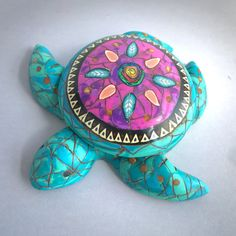Faux Turquoise Sea Turtle Box by Deb Hart #debhart #rengalsa #polymerclay…