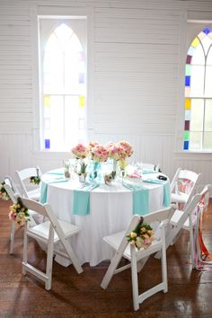 add color to tables with napkins