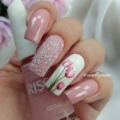 Nail art Christmas - the festive spirit on the nails. Over 70 creative ideas and tutorials - My Nails Fabulous Nails, Perfect Nails, Gorgeous Nails, Fancy Nails, Cute Nails, Pretty Nails, Pink Black Nails, Rose Gold Nails, Hair And Nails
